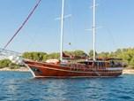 Cruising VesselGulet Hana