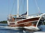 Cruising VesselGulet Kadena