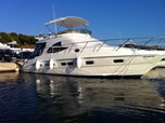 Motor Yacht Sealine F42/5 for sale!