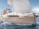 Sailing Boat Bavaria 34 Cruiser - 2 cabins