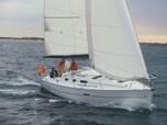 Sailing BoatBeneteau Oceanis 323