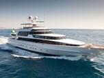 Mega Yachts CRN Spa 155