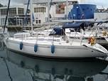 Sailing BoatElan 331