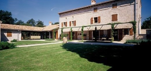 Stone and peaceful villa with swimming pool, Bale Istria