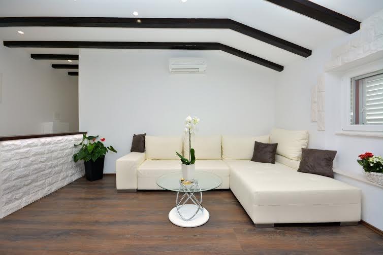 4 stars apartment in Split