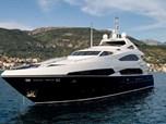 Mega Yachts Sunseeker 121